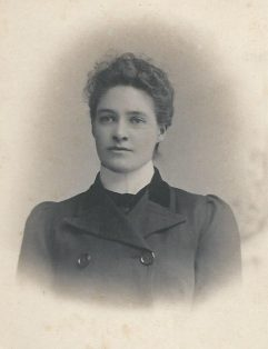 Photograph of Annie Metcalfe of Bell Busk, Born 1870