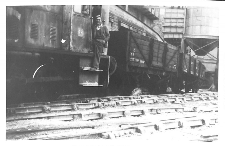 Photograph of Stan Potts or Mr Monk at Loading Facility Helwith Bridge