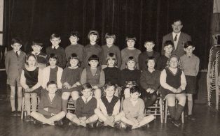 Long Preston Endowed School Group with headmaster R.G.Harris  1967
