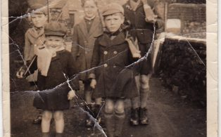 "Photograph of Group of 5 children ""Horton Home Guard"""
